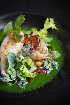 calamari salad i waaaaaanaa eat