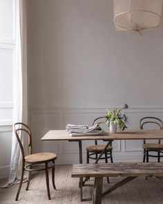 """2,350 gilla-markeringar, 18 kommentarer - Remodelista (@remodelista) på Instagram: """"How to mark the dawn of a new year and a new decade? We're taking inspiration from Nina Plummer of…"""""""