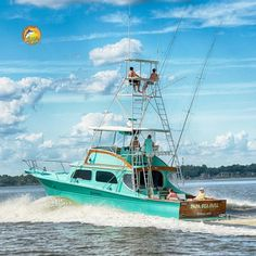"""Team """"Papa Sea Gull"""" representing a 1965 sportfish from Biloxi, MS Offshore Boats, Outboard Boat Motors, Sport Fishing Boats, Deck Boat, Below Deck, Cool Boats, Super Yachts, River House, Open Water"""