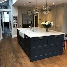 4 Tips For Kitchen Remodeling In Your Home Renovation Project – Home Dcorz Wood Kitchen Island, Barn Kitchen, Wood Floor Kitchen, Custom Kitchen Cabinets, Home Decor Kitchen, Kitchen Flooring, Rustic Kitchen, Home Kitchens, Kitchen Design