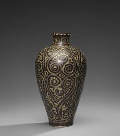 A fine and very rare Jizhou 'guri'-style vase, meiping Southern Song Dynasty