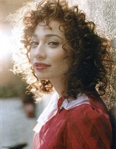 Regina Spektor Covers Radiohead for Doctors Without Borders