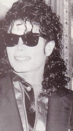 1990 ;) You give me butterflies inside Michael... ღ by ⊰@carlamartinsmj⊱