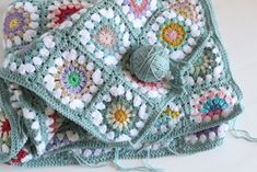 Giving birth to a crochet blanket