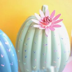 Last year I did a Hocus Pocus theme for Halloween. This year I'm going to go with pastel desert theme, so, basically the complete opposite so I need to get to work. Autumn Crafts, Party Entertainment, Best Part Of Me, Fun Projects, Falling In Love, Amazing, Awesome, Paper Crafts, Pastel