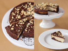 It's peanut butter cheesecake time! | eatbakelove