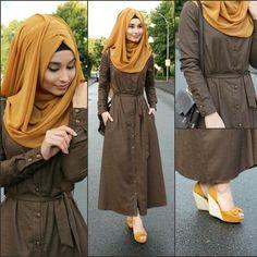 Dress / Kleid / Elbise - @clsema_yurtdisi Bag / Tasche / Canta - JustFab Hijab / Kopftuch / Basörtü - www.misselegance.de Hijab 209 Hijab Wedding Dresses, Hijab Dress, Hijab Outfit, Modest Dresses, Abaya Fashion, Muslim Fashion, Fashion Outfits, New Abaya Style, Modele Hijab