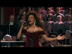 ▶ Christmas in Vienna - Amazing Grace (Diana Ross) - YouTube