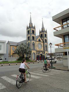de houten kathedraal van Paramaribo