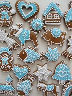 Cookie Frosting, Cookie Decorating, Sugar Cookies, Food And Drink, Christmas Decorations, Decorated Cookies, Desserts, Cakes, Photos