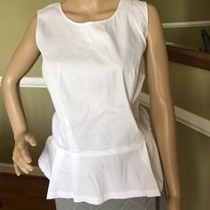 So cute Great super cute top like new back zipper 78% cotton 30% nylon 2 % spandex Ann Taylor Tops Tunics
