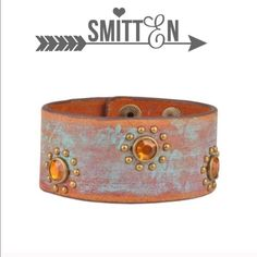 The HAVANA leather bracelet with stones Hand painted leather bracelet with beautiful orange stones. Sure to jazz up any outfit. Bring a little shine! Button closure. 100% leather. PIC 3 & 4 show the other styles available. ‼️️NO ️TRADE, PRICE FIRM‼️ Jewelry Bracelets