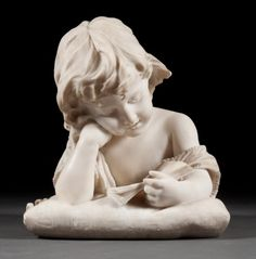 Italian carved marble sculpture of a girl : Lot 1242