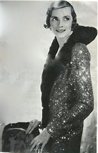 Edwina Mountbatten, 1931. Cecil Beaton.She was a very interesting peson  taking a great interest in India.