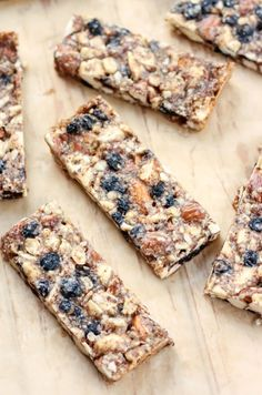 Rich in good fats and protein, these Vanilla & Blueberry Cashew Almond Snack Bars will be a filling treat in between meals. They're also an easy grab-and-go breakfast or lunch.