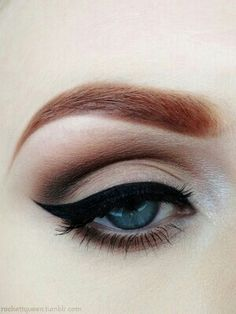 Eyeshadow and eyeliner