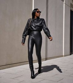 Leather Pants, Leather Leggings Outfit, Beautiful Outfits, Fashion Beauty, Street Style, Style Inspiration, Lady, How To Wear, Who What Wear