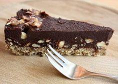 Extra čokoládová torta bez múky, cukru a pečenia - Recept Diabetic Recipes, Raw Food Recipes, Sweet Recipes, Cake Recipes, Cooking Recipes, Healthy Recipes, Healthy Cake, Healthy Desserts, Vegan Cheesecake