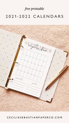 @cecilia.sebastianpaperco | ceciliasebastianpaperco.com | Now you can organize, plan and streamline your life! Super easy to print at home and available in 3 sizes to fit all of your needs! Available in 3 versions - full sheet 8.5 x 11, half sheet for your planners and a 5x5 desk version. Diy Wedding Stationery, Printable Wedding Invitations, Free Printable Calendar, Free Printables, Diy Wedding Inspiration, Papers Co, Wedding Looks, Romantic Weddings, Getting Organized