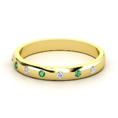 Button Band, Yellow Gold Ring with Emerald