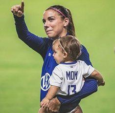 Soccer Art, Girls Soccer, Orlando Pride, Boku No Hero Academia Funny, Women's Football, Morgan Soccer, Alex Morgan, Cute Baby Pictures, Packing Lists