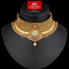 Necklaces Simple Vibrant Choker Adroned With Kundans - Gold Choker Necklace, Jewelry Necklaces, Diamond Necklaces, Diamond Jewelry, Gold Bangles Design, Jewellery Sketches, Necklace Online, Necklace Designs, Chokers