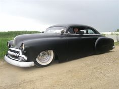 1952 Chevy style line deluxe. Ride tech air suspension. Mustang 2 IFS front suspension. Power steering. 350/350