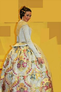 Laura Caballero FMV 2011 Traditional Fashion, Traditional Dresses, Folk Costume, Costumes, Fairytale Gown, 18th Century Dress, Historical Costume, High Fashion, Gowns