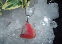 Opál růžový - tamblovaný Opal, Pendant Necklace, Jewelry, Jewlery, Jewerly, Schmuck, Opals, Jewels, Jewelery