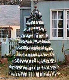 Wine Bottle Christmas Tree for @Amy Rudawsky @Pamela Klopfer and many, many more friends!