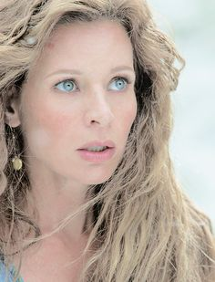 Jessaly Gilsig as Siggy, wife of Earl Haraldson, in Vikings .................................