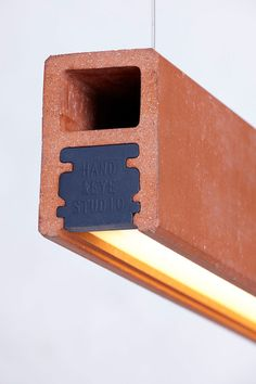 HandandEye-A-Beam-product-shot-03P_web