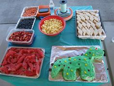 dinosaur party food | Dinosaur party food (love the watermelon) | Party ideas