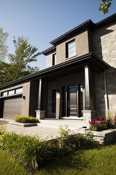 design paysager facade maison contemporaine ladouceur paysagiste fa ade pinterest fa ades. Black Bedroom Furniture Sets. Home Design Ideas