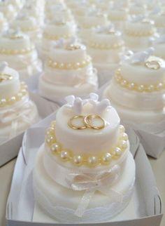 Sabonete Mini Bolo Decorado Casamento
