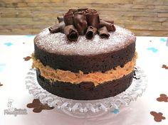naked-cake-de-chocolate-com-brigadeiro-de-nozes-03.jpg (895×671)