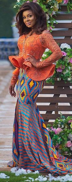African Fashion Ankara, Ghanaian Fashion, African Print Fashion, Africa Fashion, African Blouses, African Lace, African Fabric, African Attire, African Wear