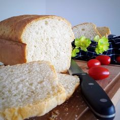 Super softes Kasten-Weißbrot :: Bella-cooks-and-travels – Healthly food Tostadas, Bread Recipes, Cooking Recipes, Food Tags, White Bread, Mets, Healthy Eating Tips, Pampered Chef, Calories