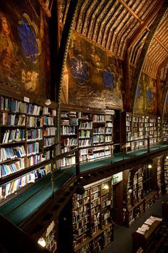 Bibliotheca Sanctus http://mona-mina.tumblr.com/post/124837825003/bibliotheca-sanctus-the-oxford-union-library