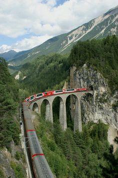 Tour Francia - Suiza desde 1030€ por 11 días - Hasta el 24 de Agosto.
