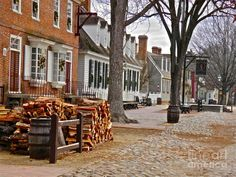 Colonial Street Scene - Williamsburg, VA