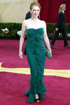 Julianne Moore - 50 Best Oscar Dresses - Marie Claire