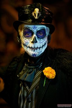 Day of the Dead Tag der Toten -:- Dia de los muertos Day of the Dead Day Of Dead Makeup, Day Of The Dead Mask, Day Of The Dead Skull, Sugar Skull Makeup, Sugar Skull Art, Sugar Skulls, Halloween Make Up, Halloween Face, Halloween Costumes