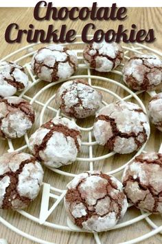 Chocolate crinkle or crackle cookies are perfect at Christmas as with their cracked snow effect made by rolling them in icing sugar before baking! Chocolate Crinkle Cookies, Chocolate Crinkles, Cookie Swap, Cookie Bars, Vegetarian Chocolate, Chocolate Recipes, Cracked Cookies, Baking With Kids, Cake Mix Cookies
