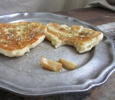 pan fried bread with roasted garlic