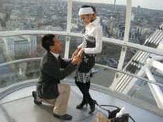 proposal on the London Eye, YES PLEASE! Cute Proposal Ideas, Romantic Proposal, Most Romantic, Romantic Places, Hopeless Romantic, Wedding Proposals, Marriage Proposals, Engagement Stories, Engagement Photos