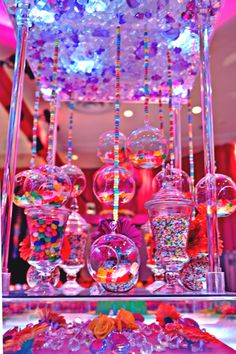 Candy Centerpieces are a hot trend right now in bar & bat mitzvah decor, sweet 16 parties, and even some whimsical weddings. Here are 6 ideas for showcasing your Candy Centerpieces, including ideas for showcasing your colors, themes or initials. Anniversaire Candy Land, Sweet 16 Birthday, Birthday Parties, Candy Centerpieces, Centerpiece Ideas, Quince Centerpieces, Quince Decorations, Candy Decorations, Candy Land Theme