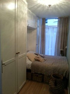 Mijn kleine maar fijne slaapkamer/opslag