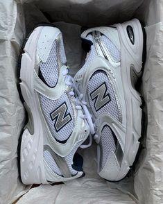 Swag Shoes, Shoes Heels, Sneakers Fashion, Fashion Shoes, Aesthetic Shoes, Fresh Shoes, Hype Shoes, Mode Streetwear, Shoe Game