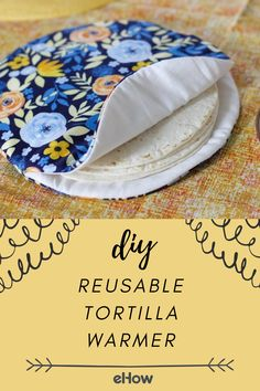 DIY Reusable Tortilla Warmer All you need to make your taco night absolutely perfect is this handmade, cotton fabric tortilla warmer! Small Sewing Projects, Sewing Projects For Beginners, Sewing Hacks, Sewing Tutorials, Sewing Patterns, Sewing Tips, Sewing Basics, Sewing Ideas, Sewing Machine Projects